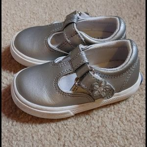 Infant Silver/Gray Keds 4M